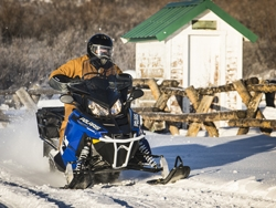 2016 Polaris INDY - Polaris Snowmobiles