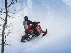 2016 Polaris RUSH - Polaris Snowmobiles - French