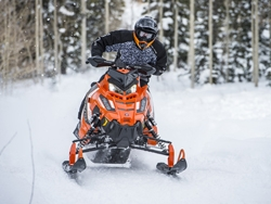 2016 Polaris Snowmobiles